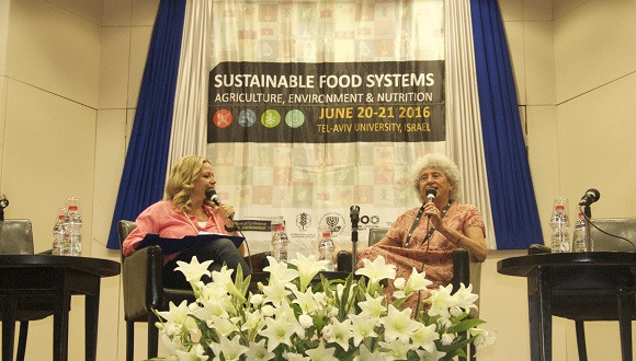 Ms. Miki Haimovitch (left) and Prof. Marion Nestle (right)
